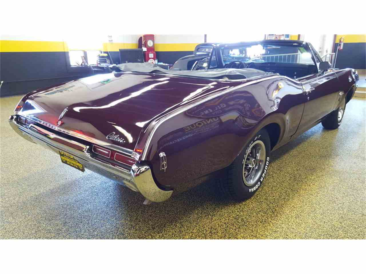Large Picture of Classic 1968 Oldsmobile Cutlass    Convertible Offered by Unique Specialty And Classics - L9ZI