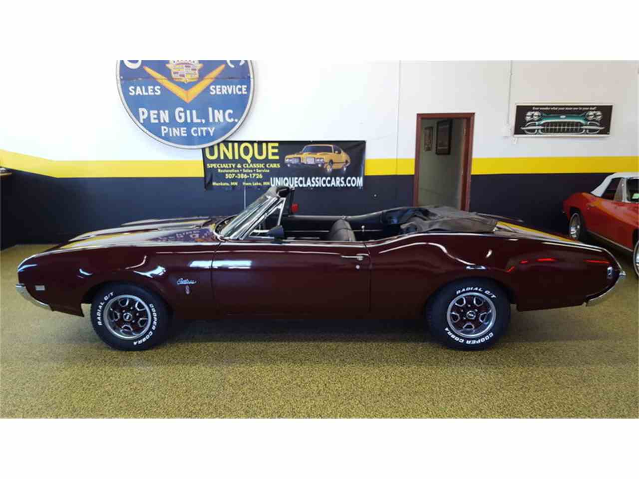 Large Picture of Classic '68 Cutlass    Convertible - L9ZI