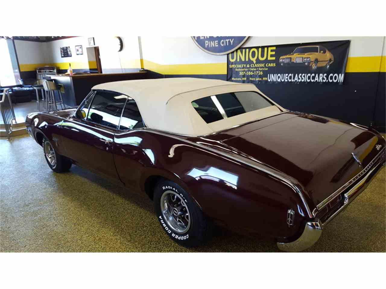Large Picture of Classic 1968 Cutlass    Convertible located in Mankato Minnesota - $19,900.00 - L9ZI