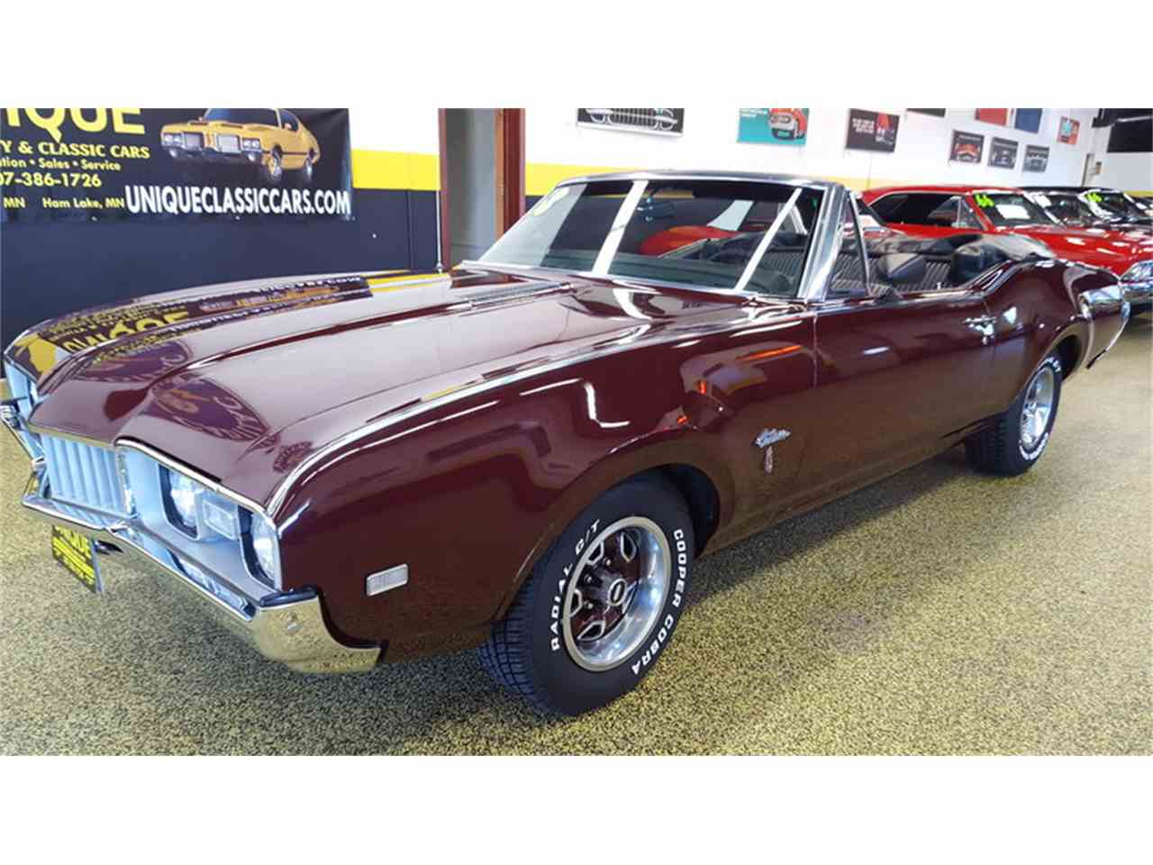 Large Picture of '68 Oldsmobile Cutlass    Convertible located in Minnesota - $19,900.00 - L9ZI