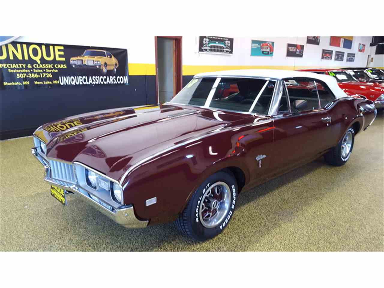Large Picture of Classic '68 Oldsmobile Cutlass    Convertible located in Mankato Minnesota Offered by Unique Specialty And Classics - L9ZI
