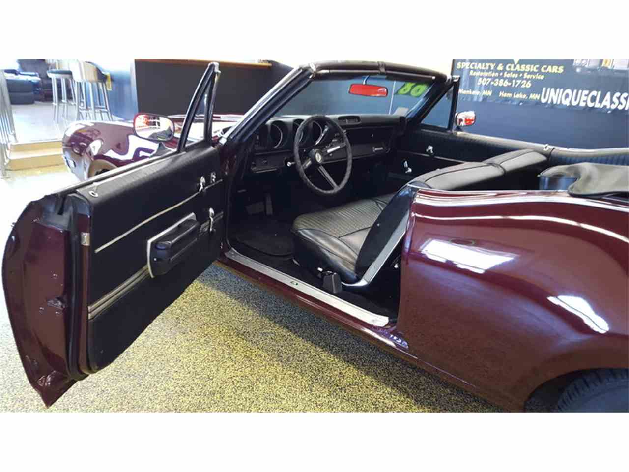 Large Picture of Classic 1968 Oldsmobile Cutlass    Convertible located in Mankato Minnesota Offered by Unique Specialty And Classics - L9ZI
