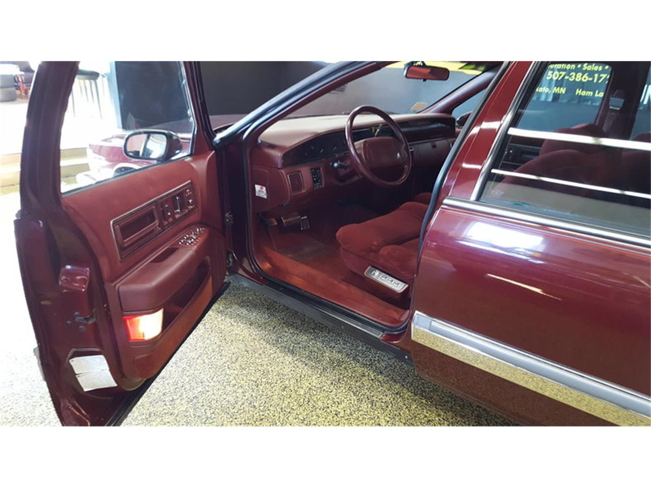 Large Picture of 1992 Buick Roadmaster    Limited located in Mankato Minnesota - L9ZQ