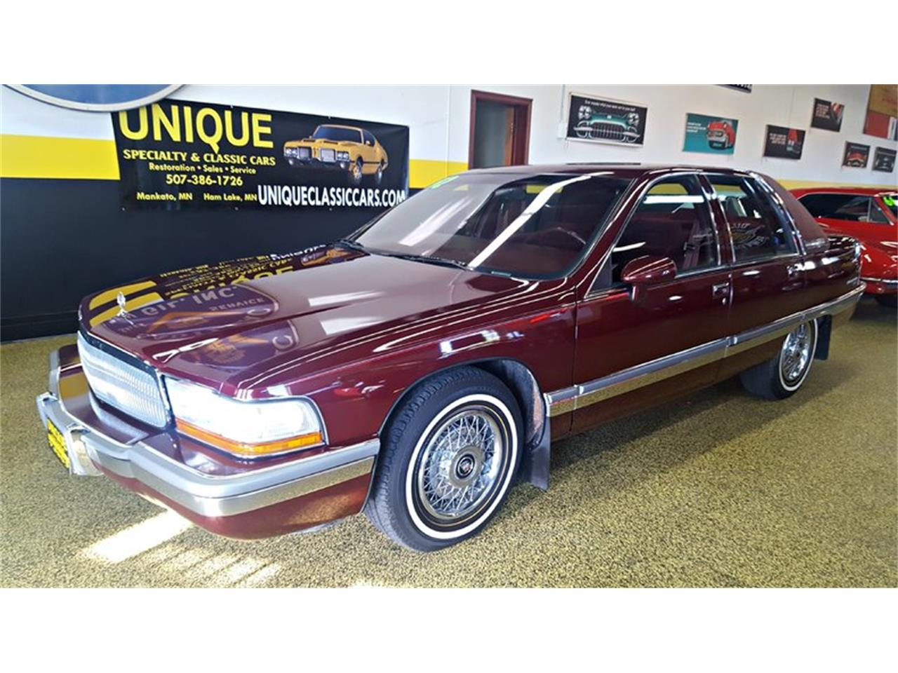 Large Picture of '92 Buick Roadmaster    Limited located in Mankato Minnesota - L9ZQ