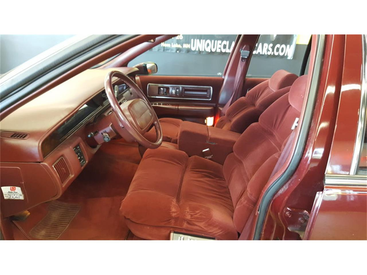 Large Picture of '92 Buick Roadmaster    Limited located in Mankato Minnesota - $9,900.00 - L9ZQ