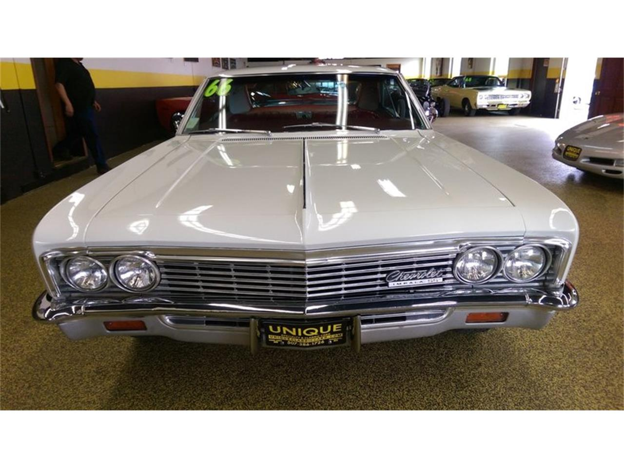 Large Picture of '66 Impala SS    2dr Hardtop - LA0S