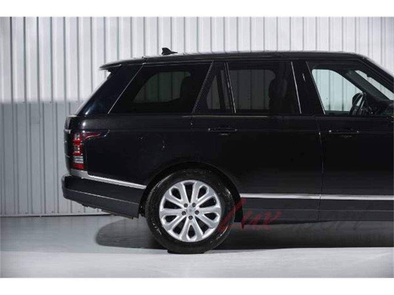 Large Picture of '16 Land Rover Range Rover HSE located in New York - LA69