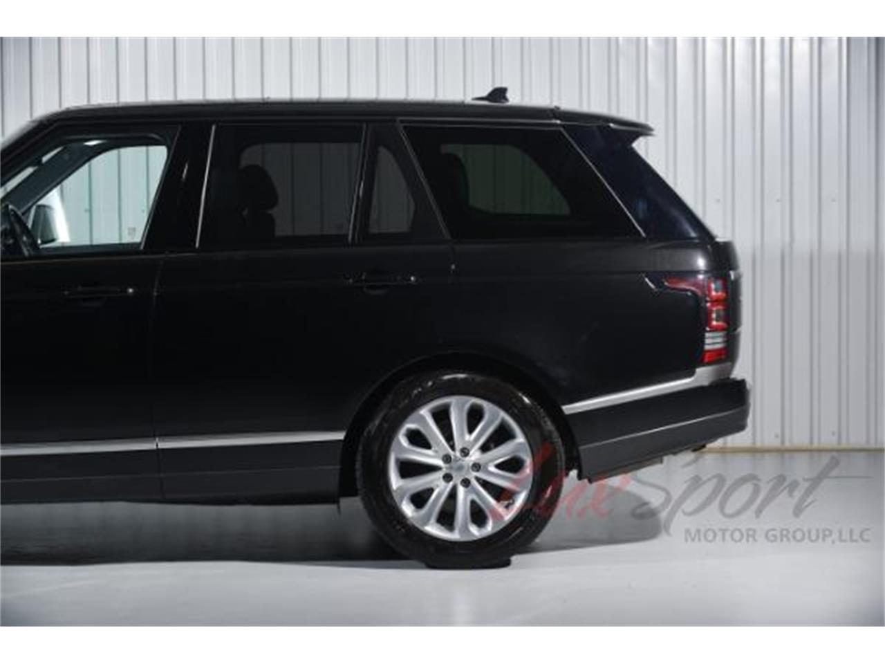 Large Picture of '16 Range Rover HSE located in New Hyde Park New York - $84,995.00 - LA69