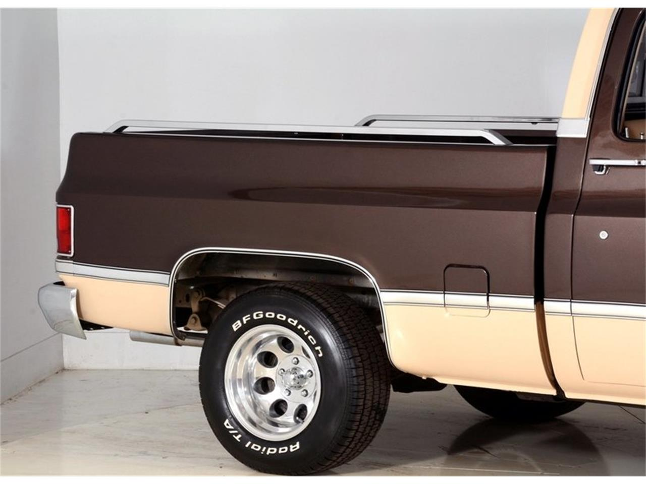 Large Picture of '84 Silverado - LABT
