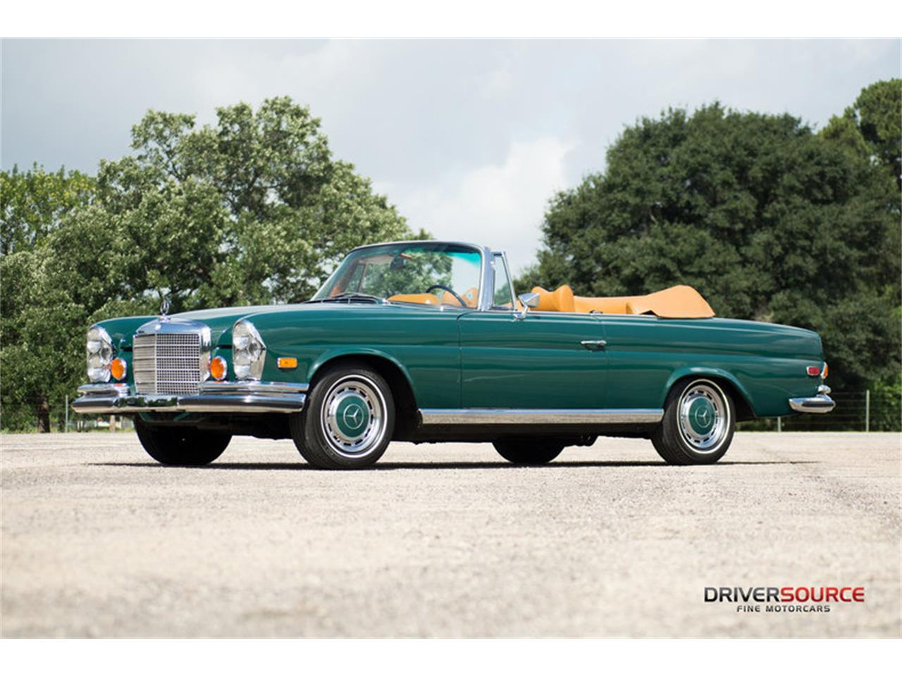 Large Picture of Classic '71 Mercedes-Benz 280SE located in Houston Texas Offered by Driversource - LAC0
