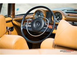 Picture of Classic 1971 Mercedes-Benz 280SE located in Houston Texas Offered by Driversource - LAC0
