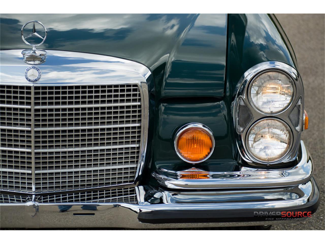 Large Picture of Classic 1971 Mercedes-Benz 280SE located in Houston Texas - LAC0