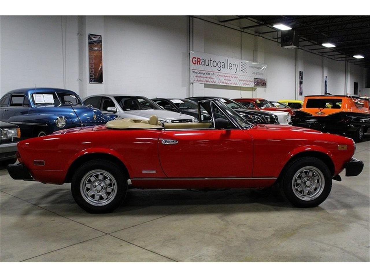 Large Picture of 1984 Fiat Pininfarina Offered by GR Auto Gallery - LAC7