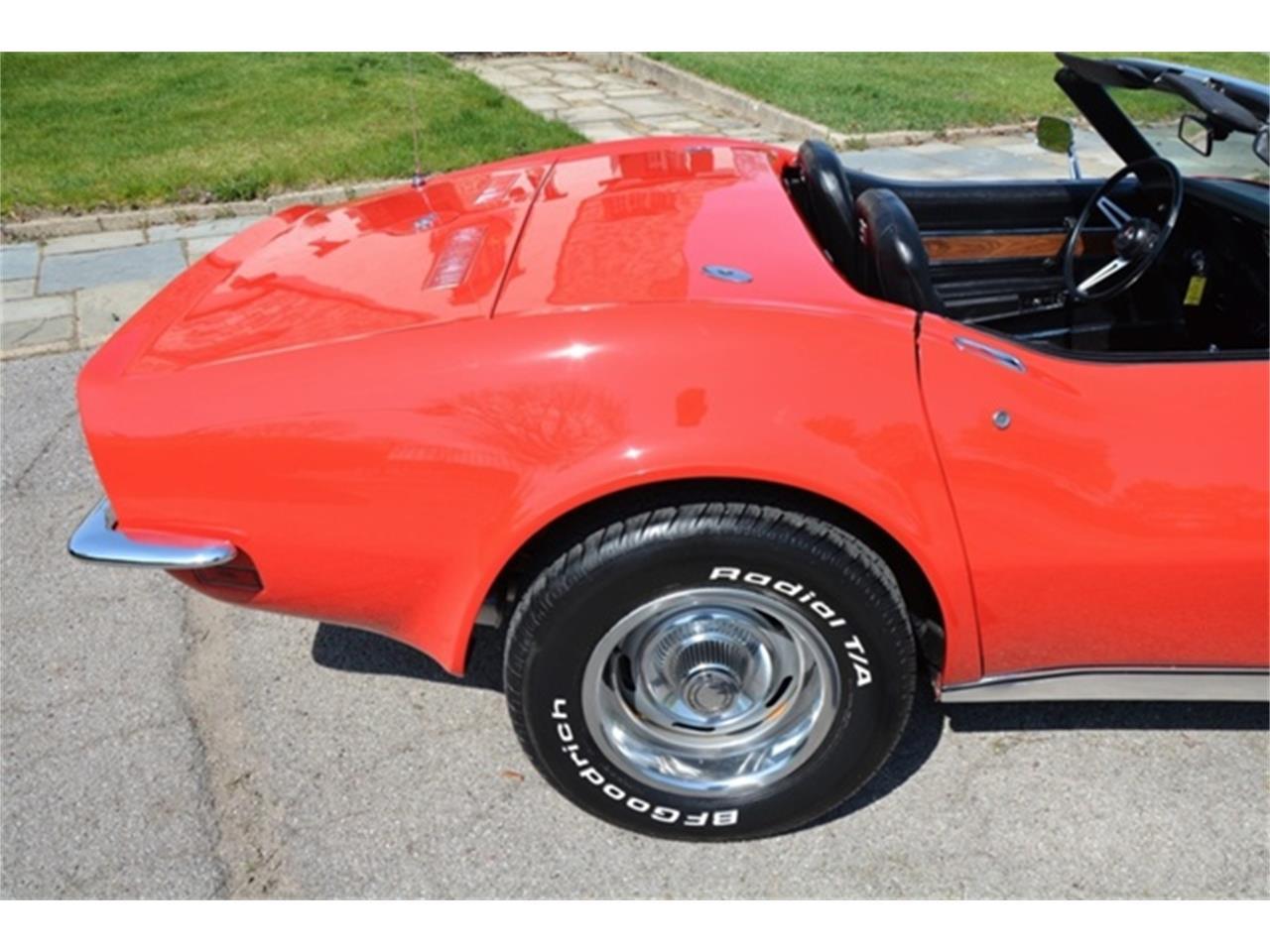 Large Picture of Classic 1972 Chevrolet Corvette located in Michigan - LAFE