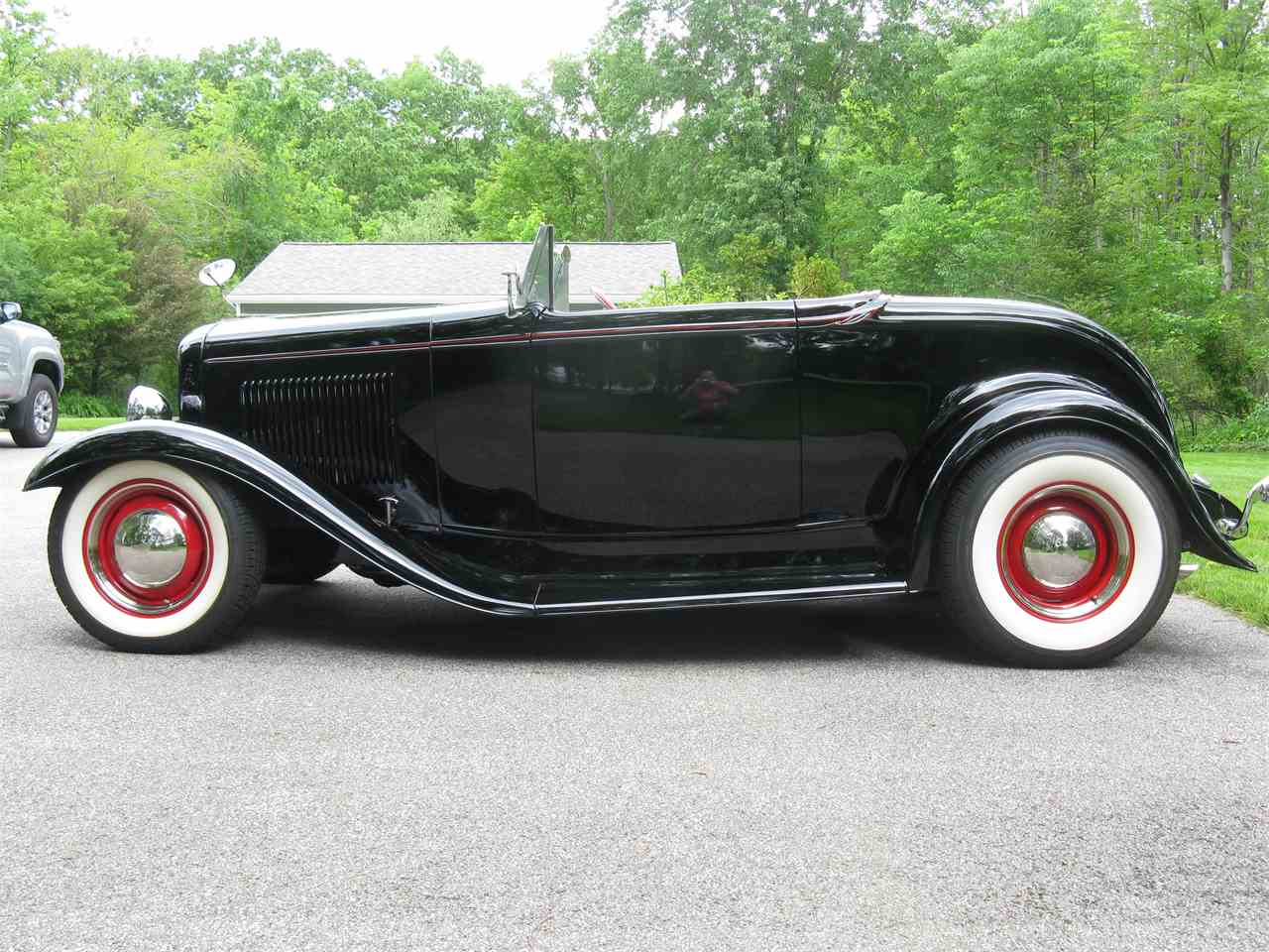 Large Picture of Classic 1932 Ford Roadster located in Ohio - $54,900.00 Offered by Affordable Classics Motorcars LLC - LAH5