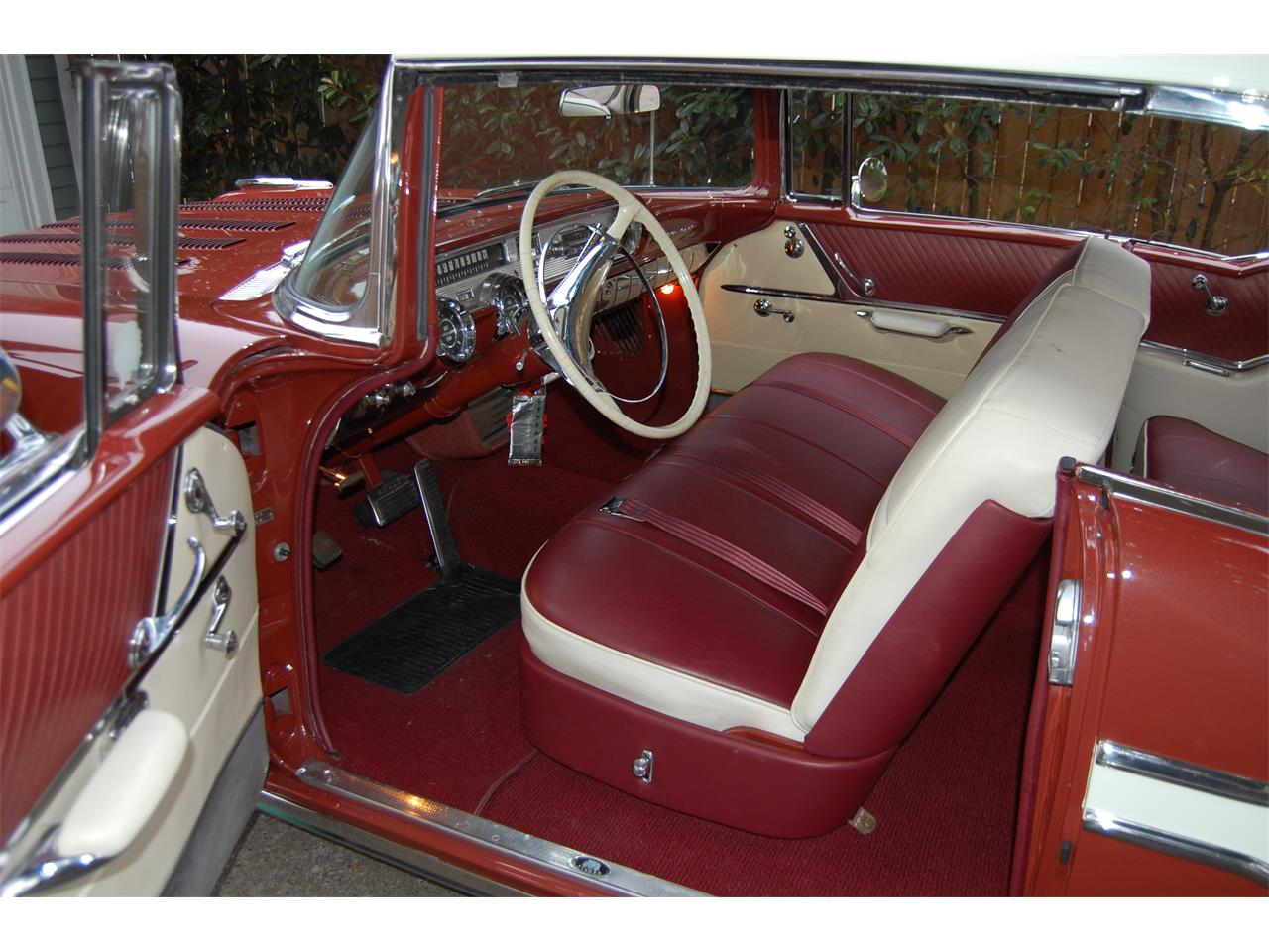 Large Picture of Classic '57 Pontiac Star Chief Offered by a Private Seller - L85F