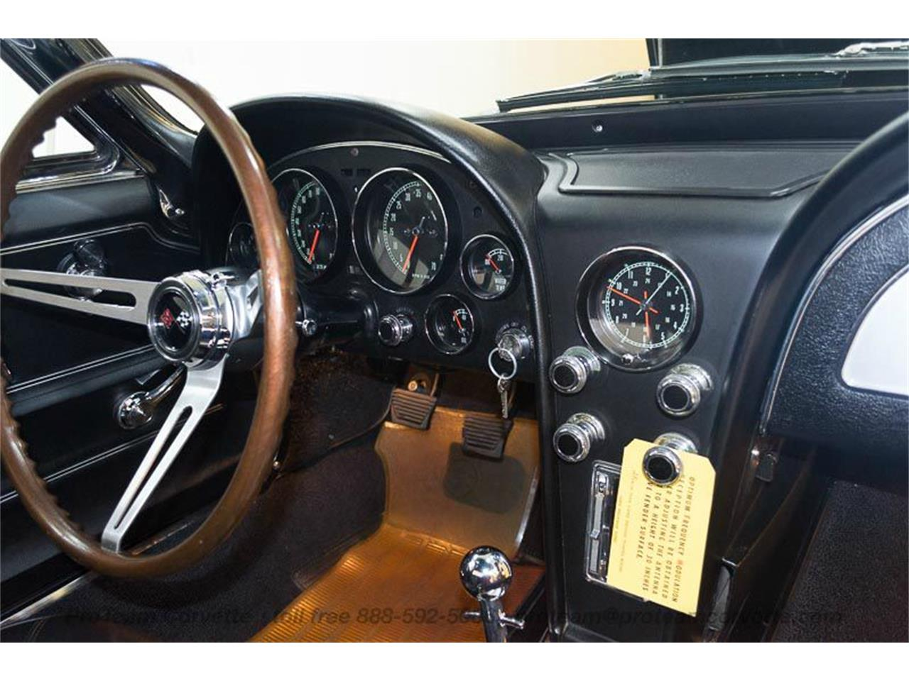 Large Picture of '67 Chevrolet Corvette located in Ohio Auction Vehicle - LALX