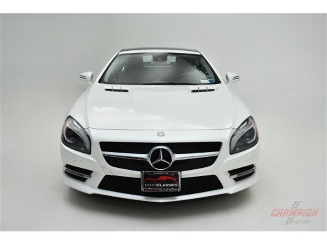 Large Picture of '13 SL-Class located in New York Offered by Champion Motors - LAMP