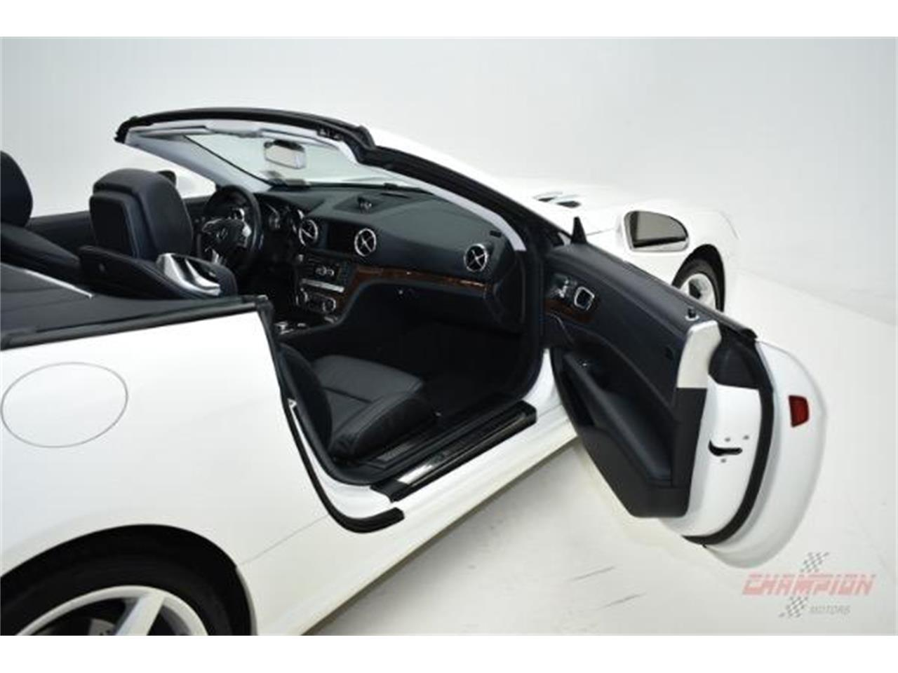 Large Picture of 2013 Mercedes-Benz SL-Class located in New York - $62,000.00 - LAMP