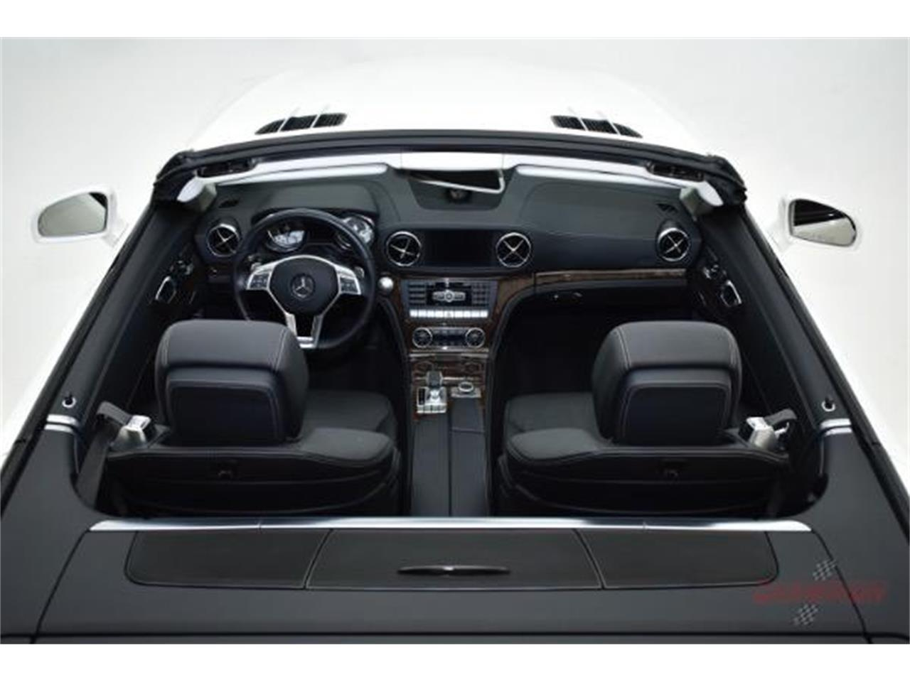 Large Picture of '13 Mercedes-Benz SL-Class Offered by Champion Motors - LAMP