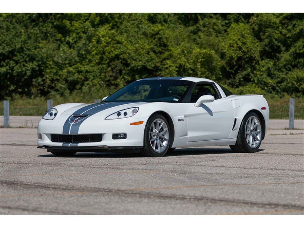 Large Picture of '13 Corvette Z06 - LAO0