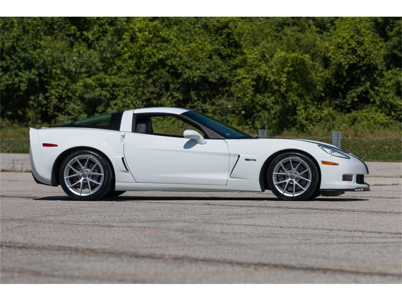 Large Picture of '13 Chevrolet Corvette Z06 located in Missouri - LAO0