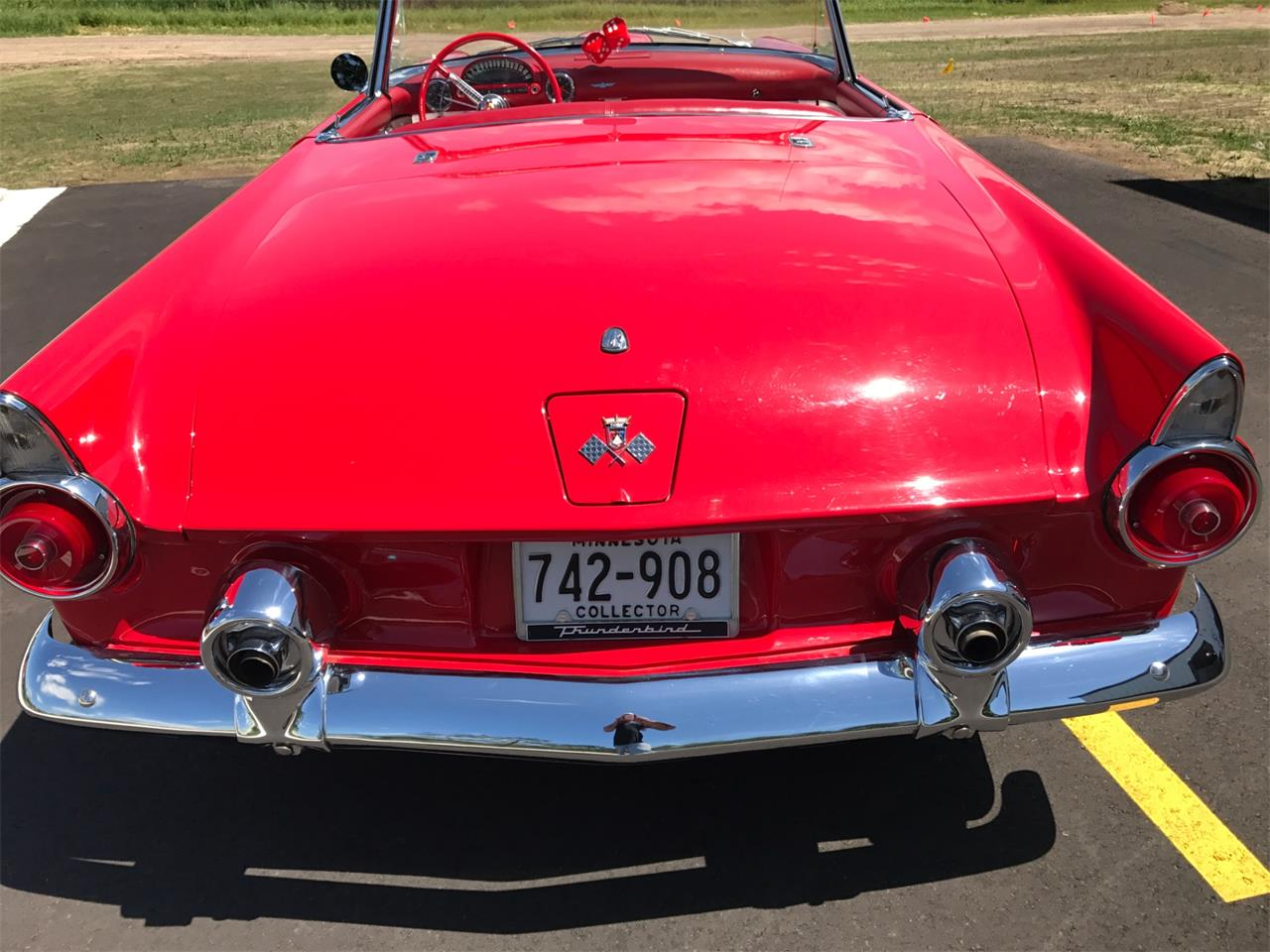 Large Picture of '55 Thunderbird located in Minnesota - LAO7