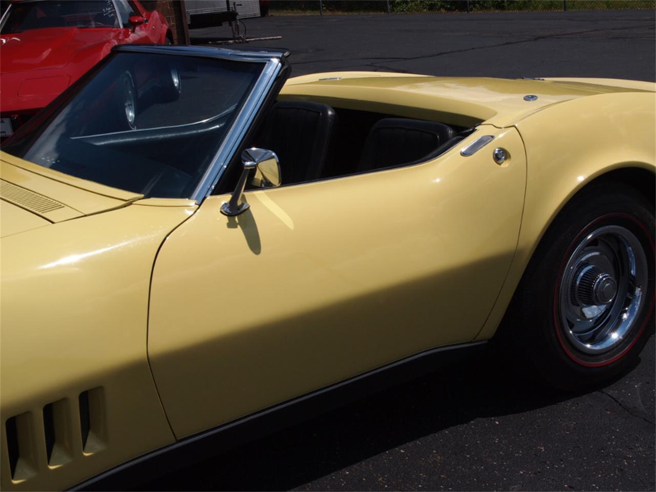 Large Picture of Classic 1968 Chevrolet Corvette located in North Canton Ohio - LAOB