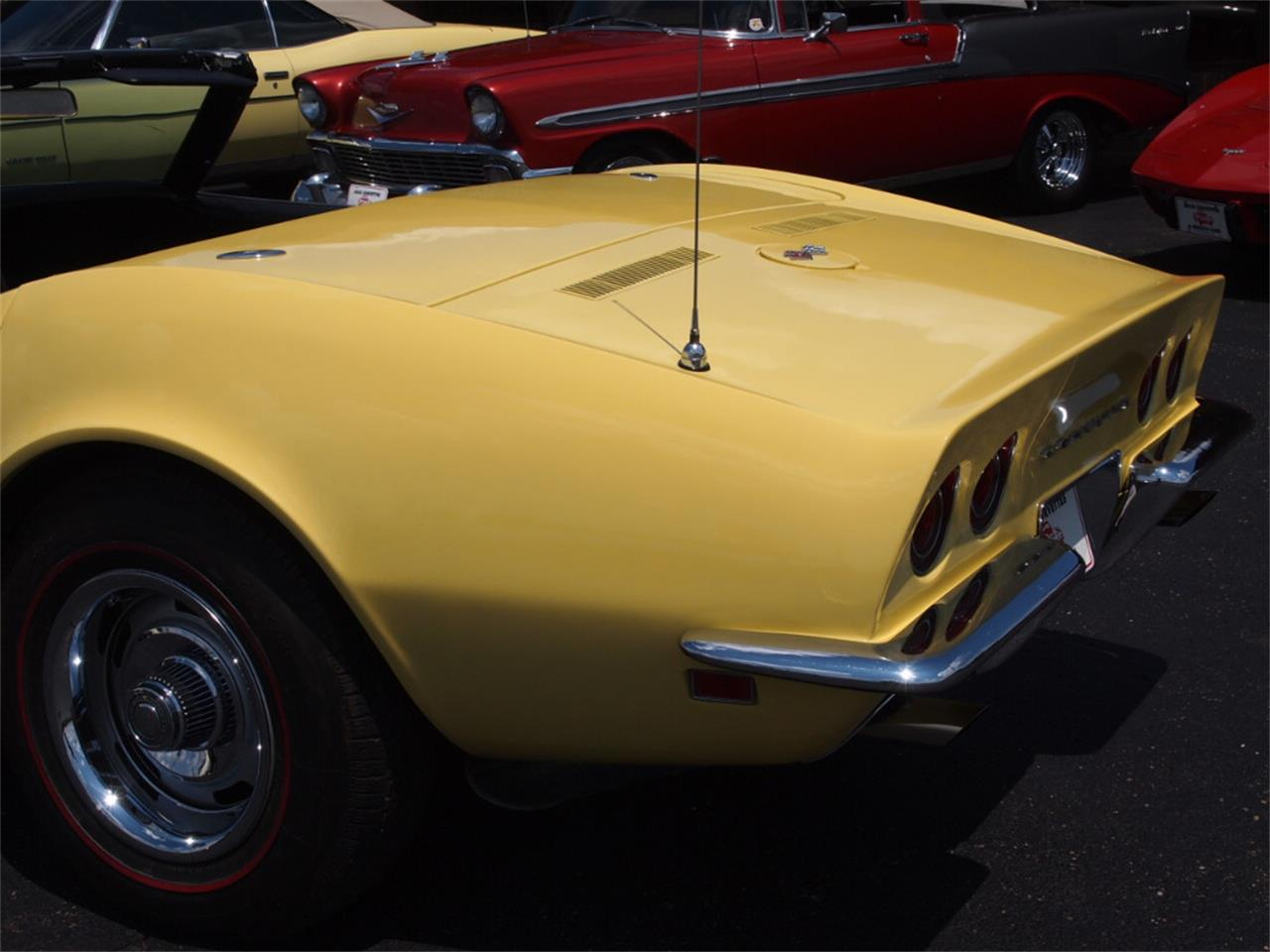 Large Picture of '68 Chevrolet Corvette Offered by Ohio Corvettes and Muscle Cars - LAOB