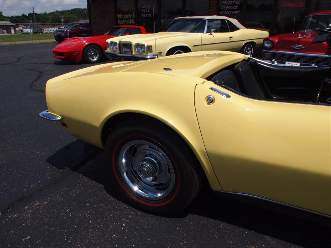 Large Picture of 1968 Corvette Offered by Ohio Corvettes and Muscle Cars - LAOB