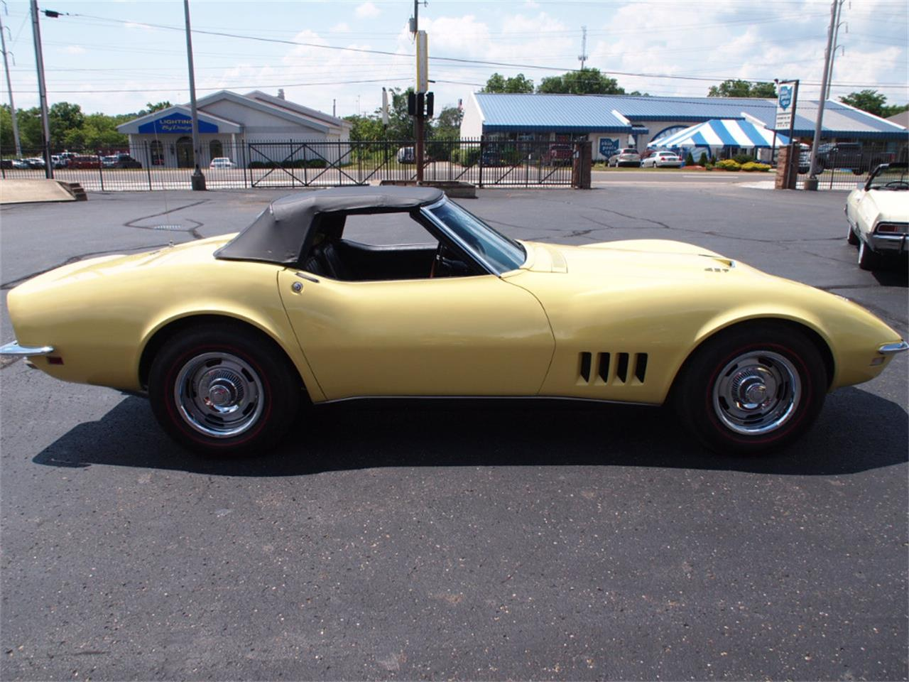 Large Picture of '68 Corvette located in North Canton Ohio - LAOB