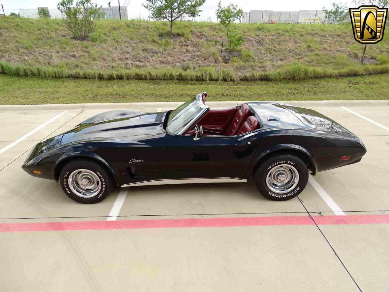 Large Picture of '74 Corvette - LAOQ