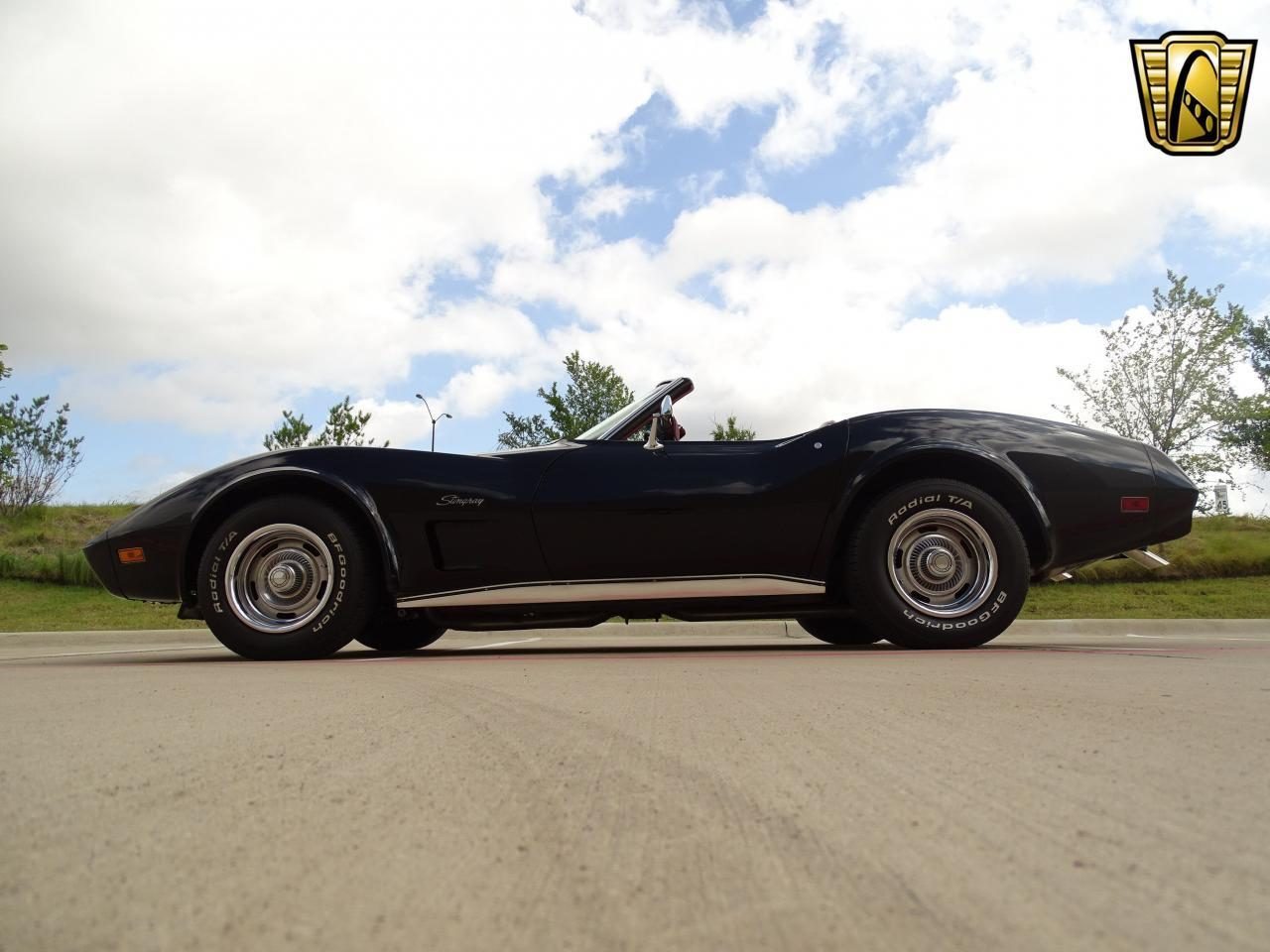 Large Picture of 1974 Chevrolet Corvette Offered by Gateway Classic Cars - Dallas - LAOQ
