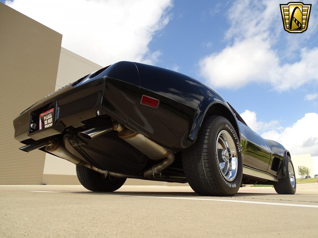 Large Picture of '74 Chevrolet Corvette located in DFW Airport Texas - LAOQ