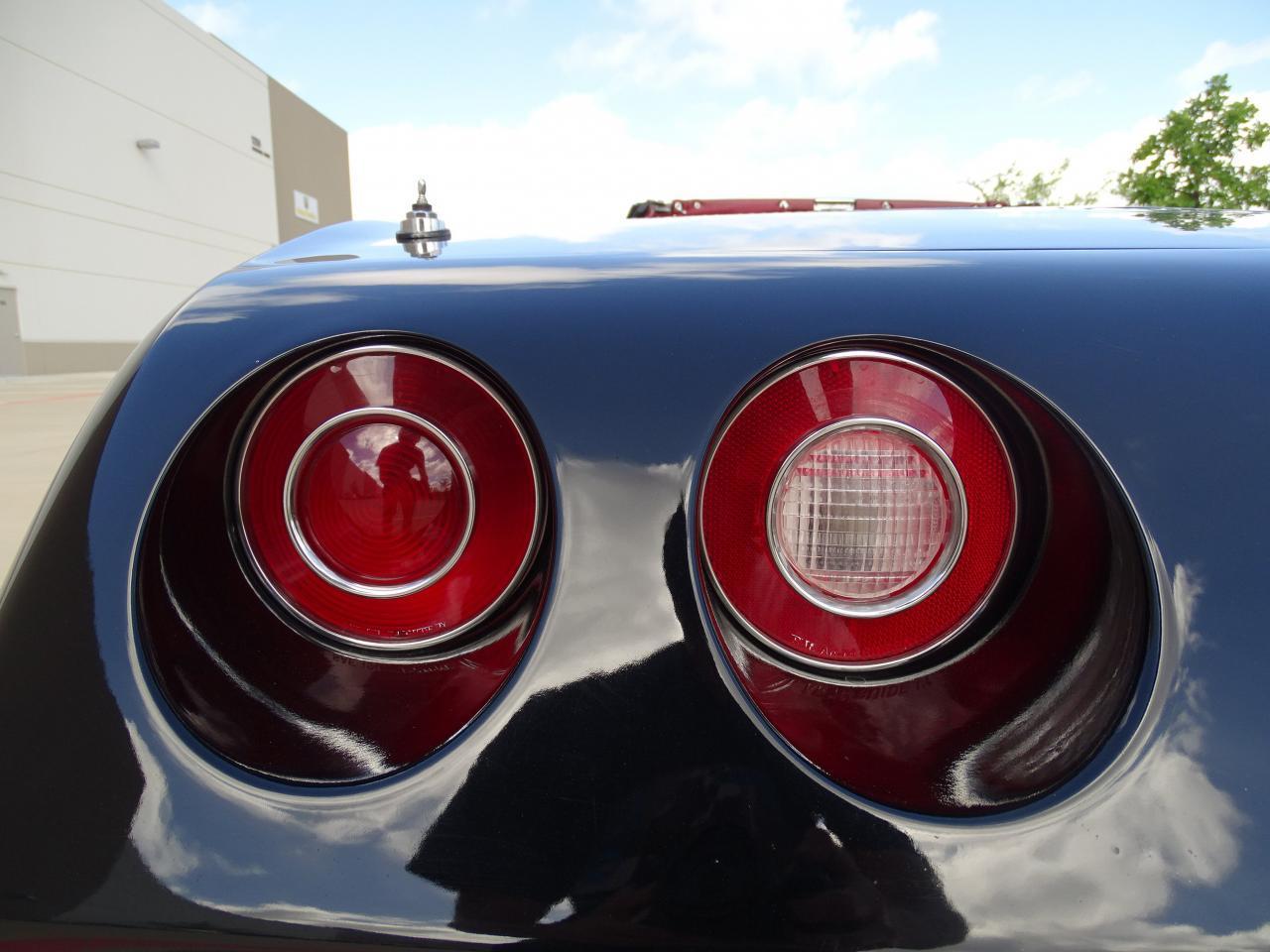 Large Picture of '74 Chevrolet Corvette located in Texas - LAOQ