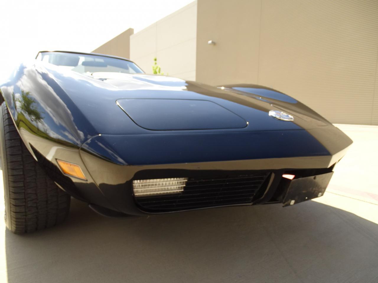 Large Picture of 1974 Chevrolet Corvette located in DFW Airport Texas - LAOQ