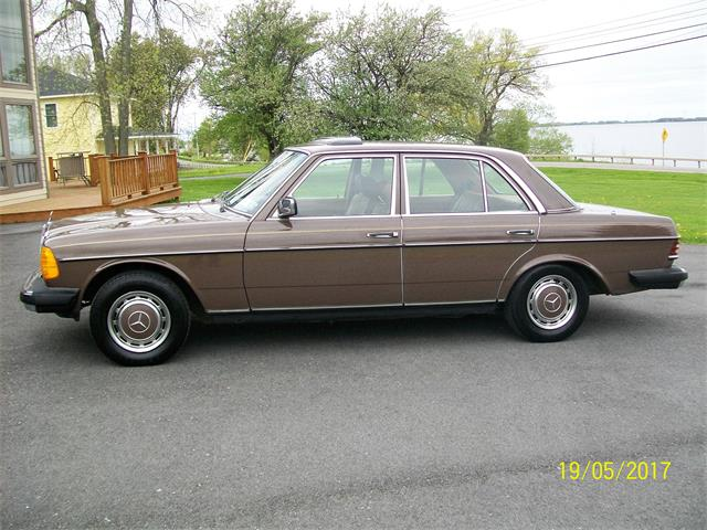 Picture of 1979 Mercedes-Benz 300D located in New York - $10,500.00 - LAR5