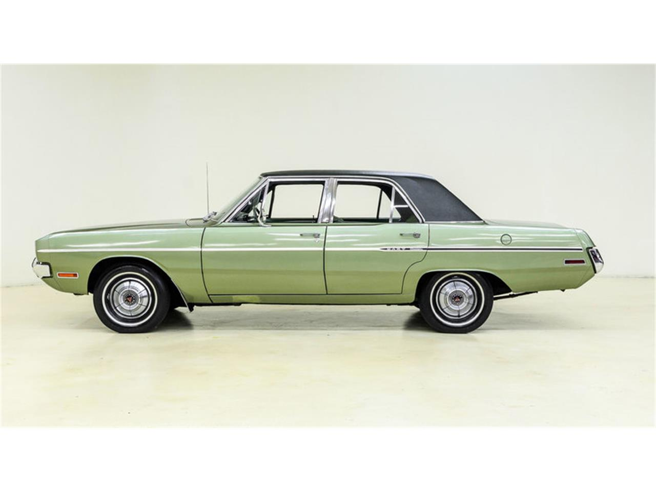 Large Picture of Classic '70 Dart - $12,995.00 Offered by Autobarn Classic Cars - LASI