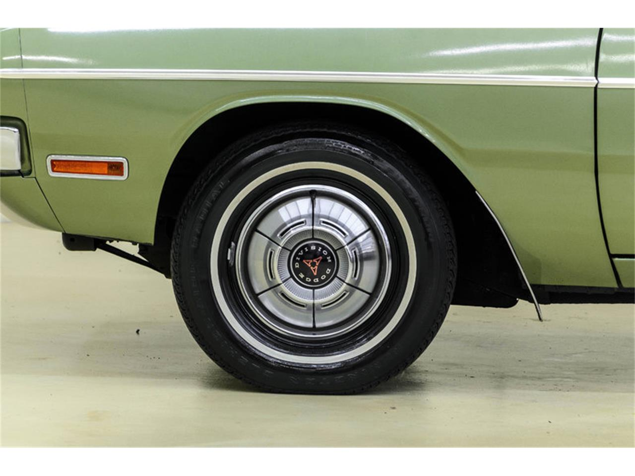 Large Picture of Classic '70 Dodge Dart Offered by Autobarn Classic Cars - LASI