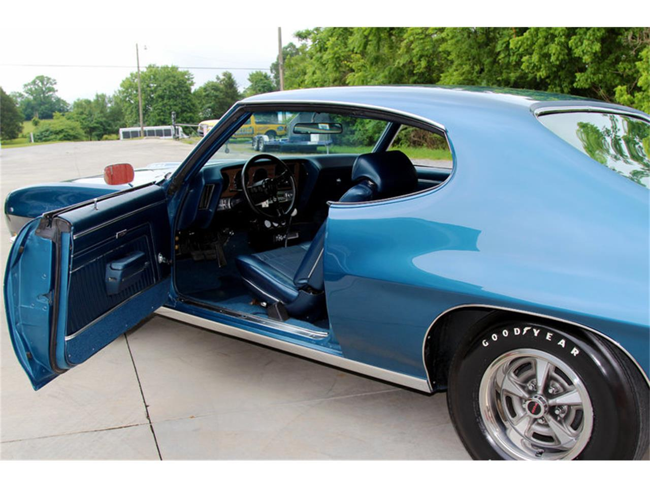 Large Picture of Classic 1970 Pontiac GTO located in Lenoir City Tennessee Offered by Smoky Mountain Traders - LAT6