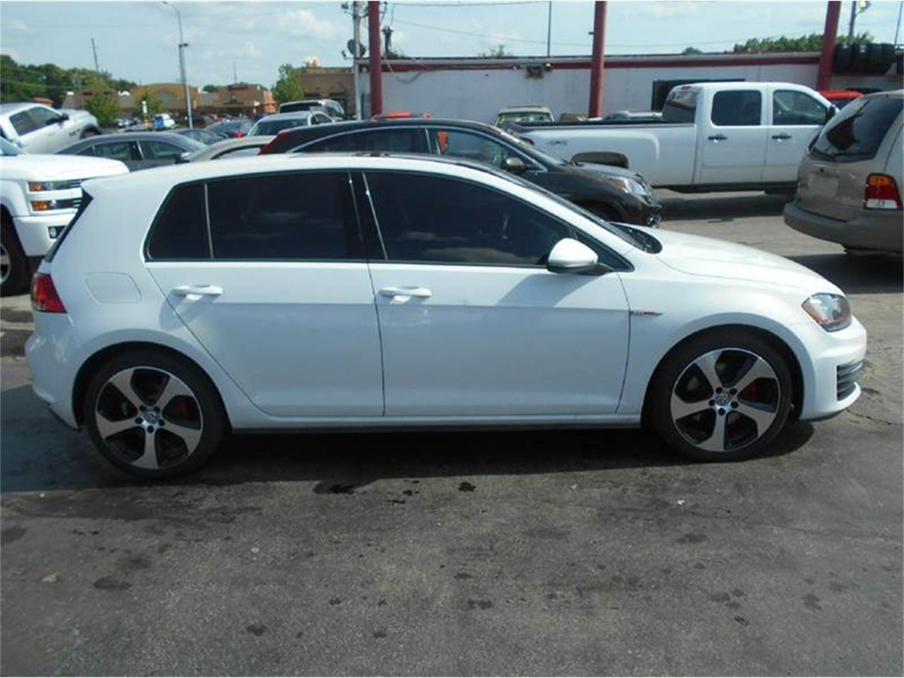 Large Picture of '15 Volkswagen Golf GTI - $22,995.00 - LATE