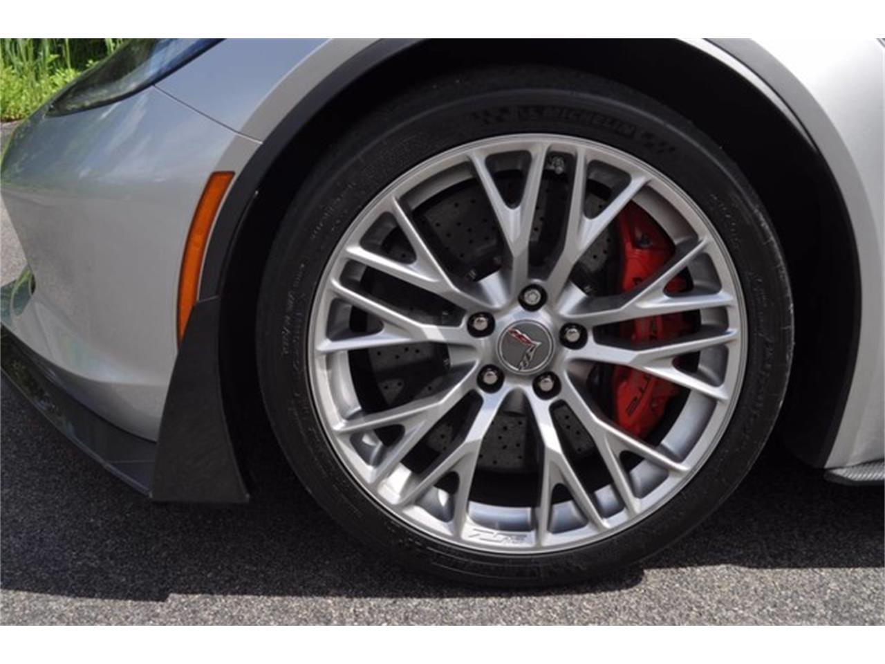 Large Picture of 2015 Chevrolet Corvette - LATH