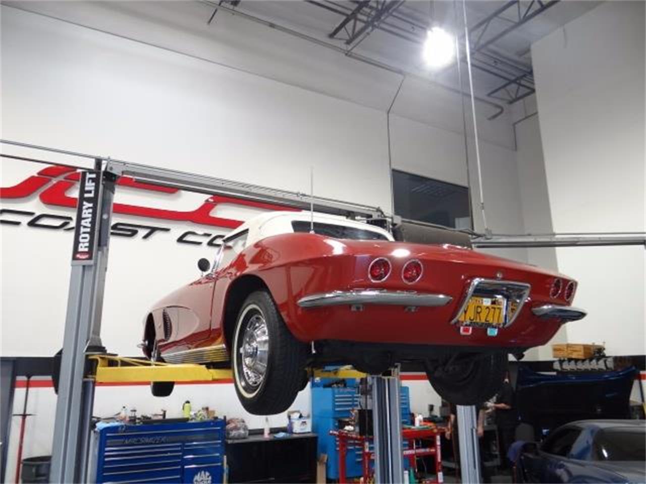 Large Picture of '62 Corvette - LATT