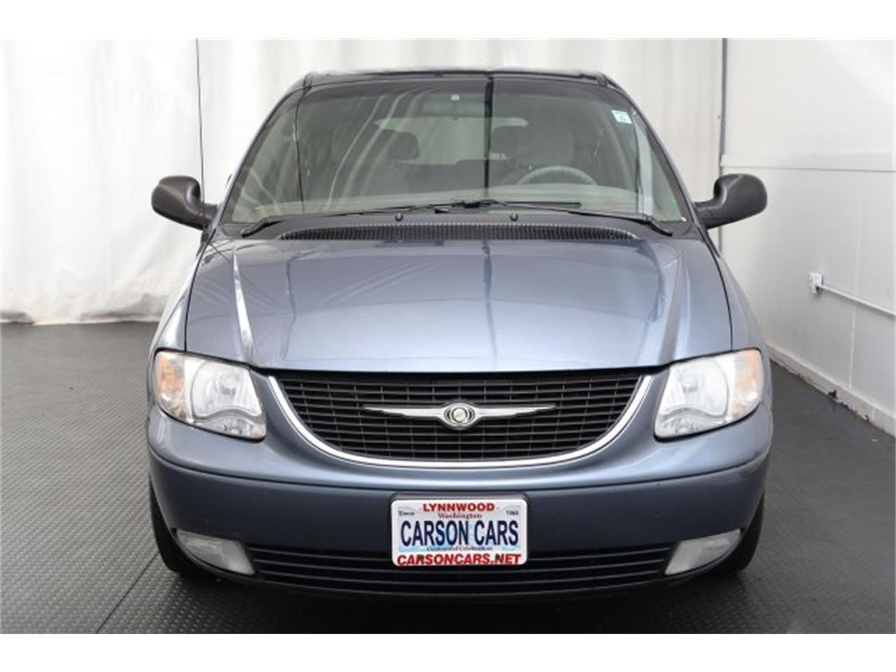 Large Picture of '01 Chrysler Town & Country Offered by Carson Cars - LAVD