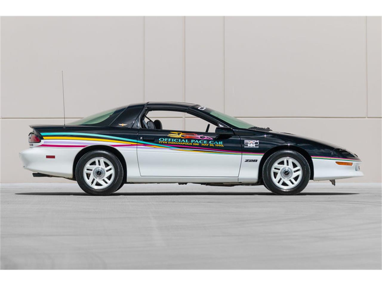 Large Picture of 1993 Chevrolet Camaro - $15,500.00 Offered by Fast Lane Classic Cars Inc. - LAVL