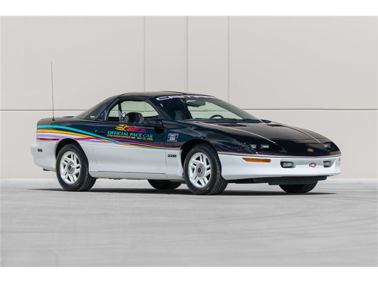 Large Picture of 1993 Chevrolet Camaro located in St. Charles Missouri - LAVL