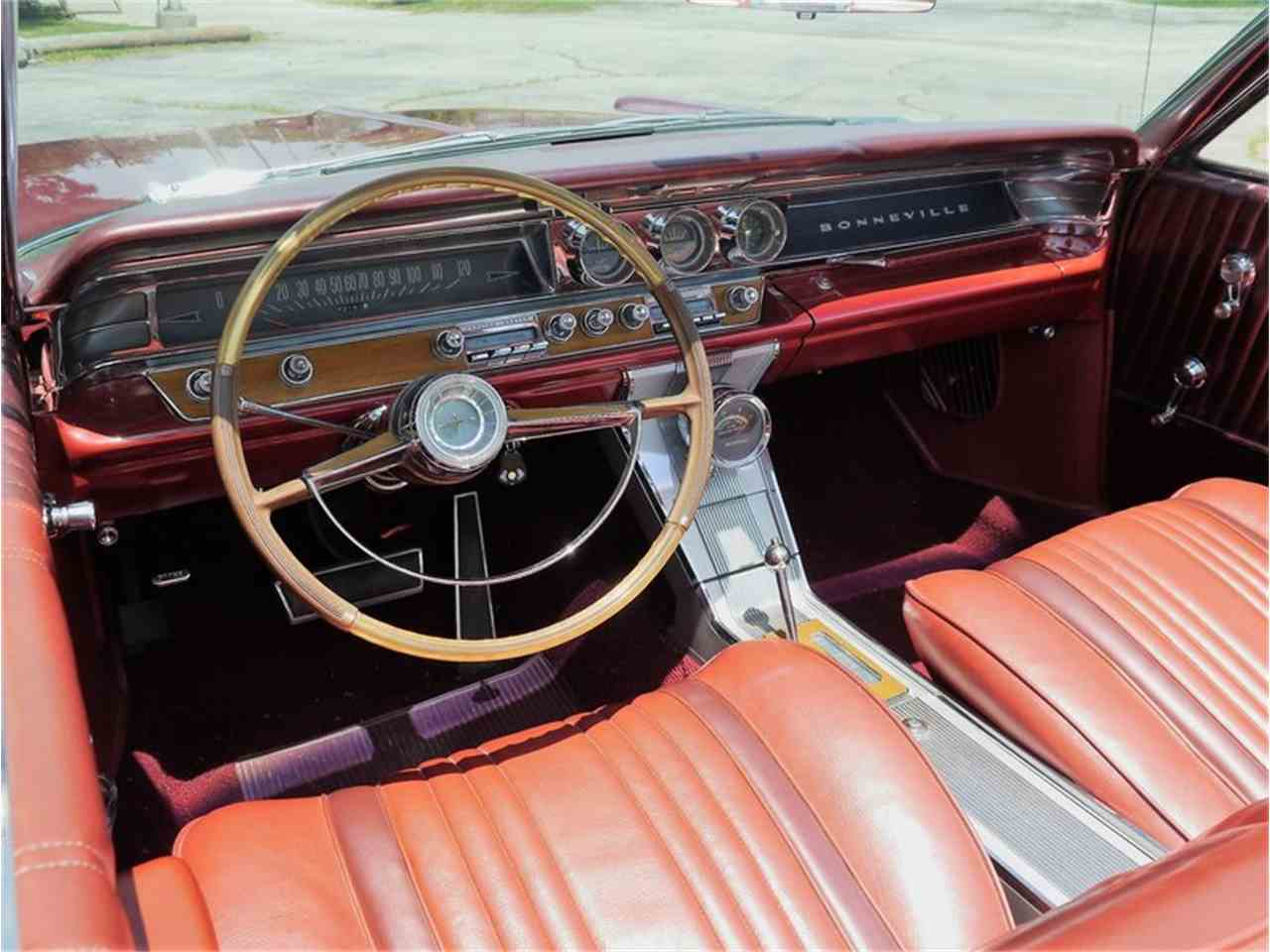 Large Picture of '63 Bonneville located in Alsip Illinois - $29,900.00 Offered by Midwest Car Exchange - LAZG