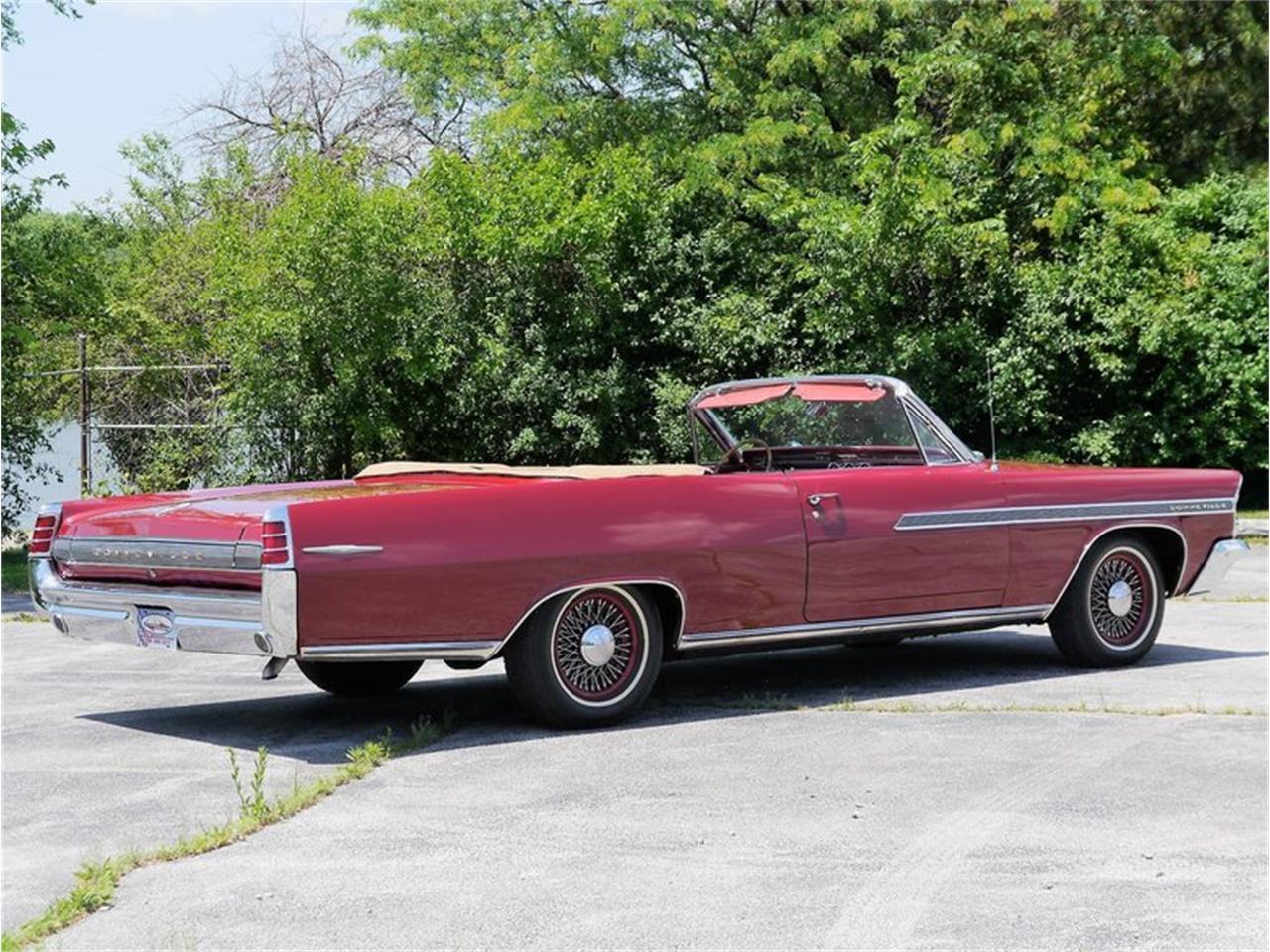 Large Picture of Classic '63 Pontiac Bonneville located in Alsip Illinois - $29,900.00 - LAZG