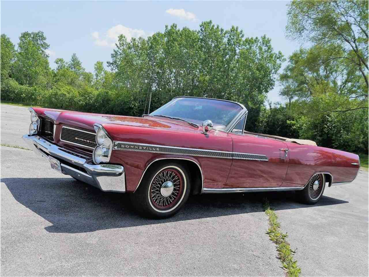 Large Picture of Classic '63 Bonneville - $29,900.00 Offered by Midwest Car Exchange - LAZG