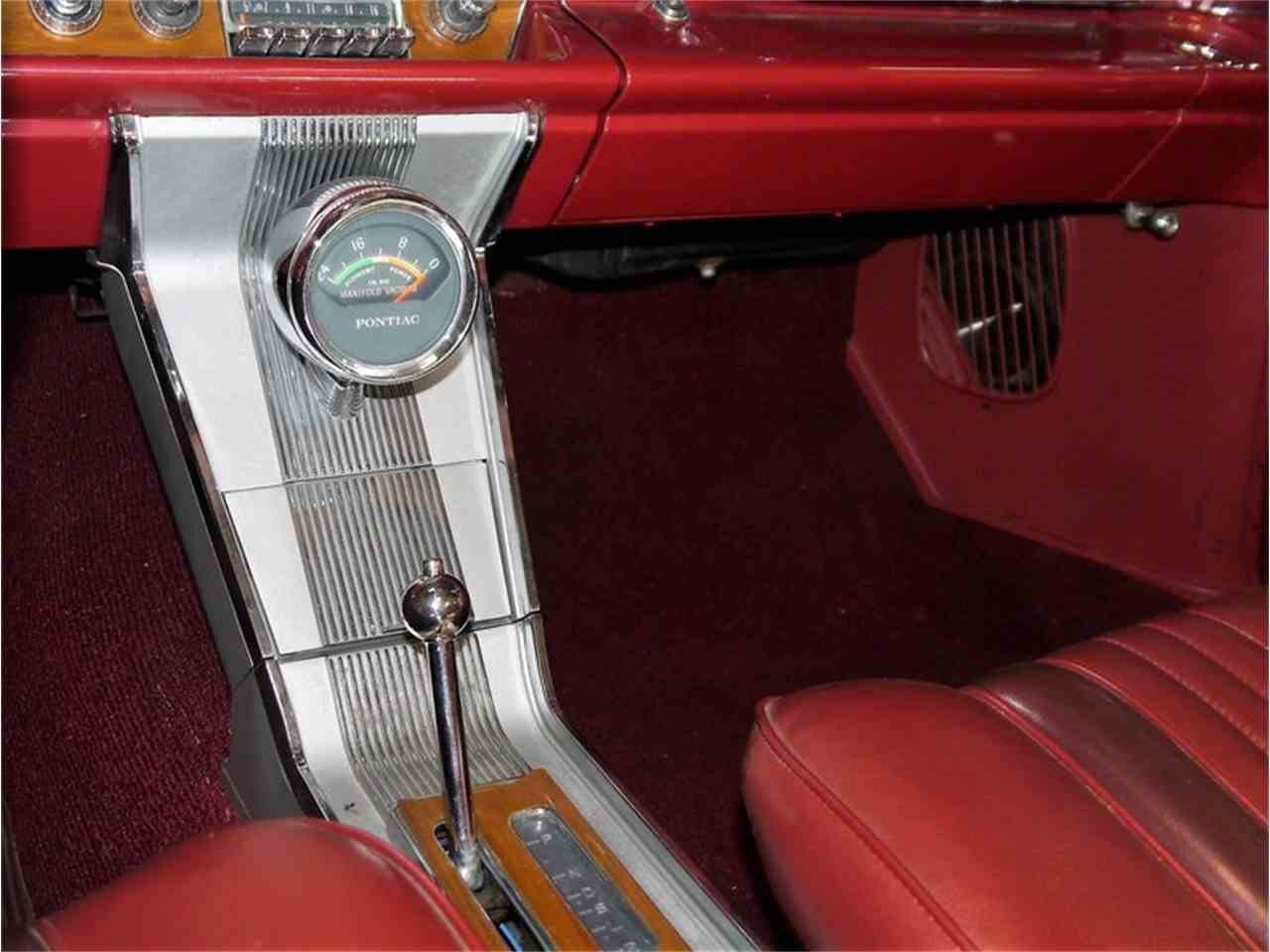 Large Picture of Classic '63 Pontiac Bonneville Offered by Midwest Car Exchange - LAZG